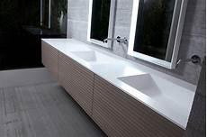pulizia corian piano lavabo ecco i vantaggi dei materiali alternativi