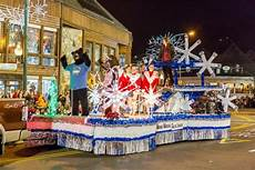Gatlinburg Of Lights Parade Gatlinburg Christmas Parade 2018 Deer Ridge Mountain Resort