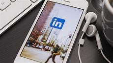 Linked Inn Linkedin Intros B2b Spin On Facebook S Custom Audiences To