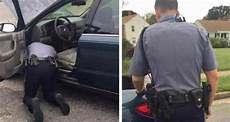 Who Fixes Broken Lights Woman Stopped For Broken Lights Instead Of Ticket
