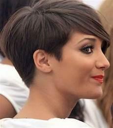 kurzhaarfrisuren frauen ohren bedeckt pin uti auf frisuren frisuren kurz kurze haare