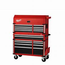 milwaukee high capacity 46 in 18 drawer tool chest and