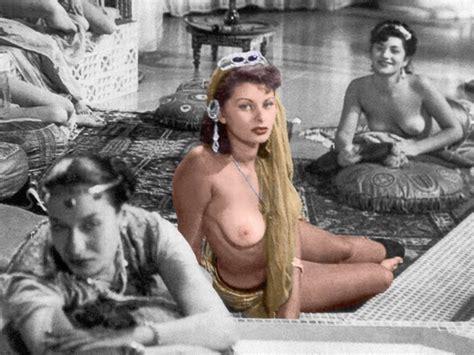 Sophia Loren Nude