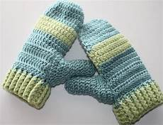 simple how to crochet mittens crochet and knitting