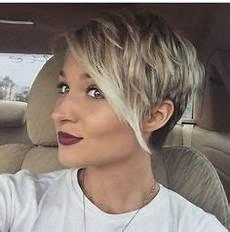 kurzhaarfrisuren asymmetrisch blond die 34 besten bilder zu asymmetrische kurzhaarfrisuren