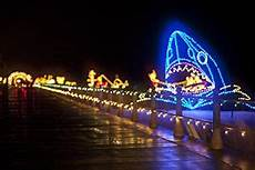 Boardwalk Lights At Virginia Beach 100 Miles Of Lights Virginia Beach Virginia Beach