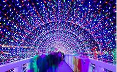 Castrol Magic Of Lights Hours The Best Christmas Light Displays In Every State Travel