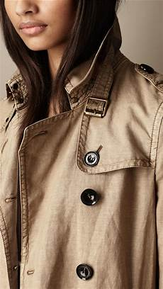 burberry brit cotton linen trench coat in lyst