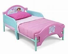 delta children the explore plastic toddler bed