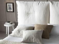 cuscini da letto letto matrimoniale imbottito sfoderabile moire by chaarme