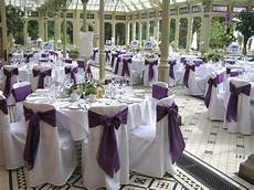 some styles to decorate wedding chairs modern