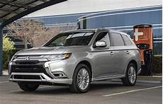 mitsubishi electric car 2020 2020 mitsubishi outlander phev earns overall 5 safety