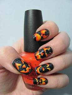 Cool Halloween Designs Nails Halloween Nail Designs Pictures Yve Style Com