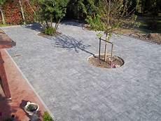 pavimentazione cortili cortile esterno piacenza cremona posa autobloccanti