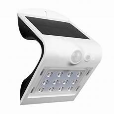Defiant Lighting Defiant 1 5 Watt 120 Degree Integrated Led White Solar