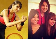 Bipasha Basu Diet Chart Bipasha Basu Coaxes Her Mother And Sister To Visit The Gym