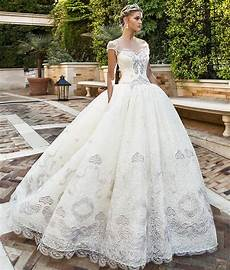 different wedding dress styles for your body type