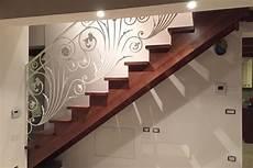 ringhiera in ferro battuto ringhiere in legno per scale interne spazio scale