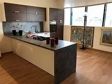 cucina con cucina con penisola moderna tabacco gm cucine a