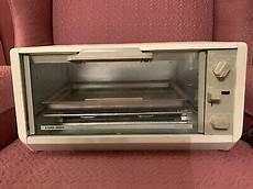 black decker spacemaker toaster oven tro200 ty1