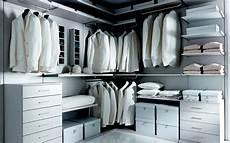 cassettiere per cabina armadio la cabina armadio 10 progetti a seconda della tua