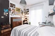 oggetti da letto per ragazzo giovane tra vintage e industriale