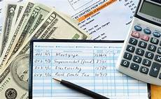Calculating Expenses How To Budget Calculate Monthly Income And Expenses