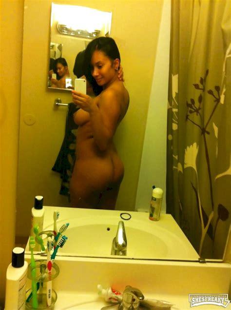 Hunter Mcintyre Nude
