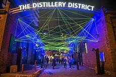 Distillery District Light Festival 2019 Hours This Is What Toronto S Brand New Light Festival Looks Like