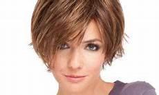 schöne kurzhaarfrisuren für dickes haar blond mittellange haare f 252 r damen frisuren ab 50 jahren