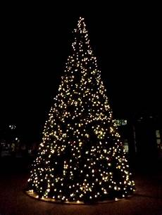 Christmas Tree With White Lights White Christmas Tree Lights At Night Picture Free