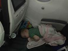 fly tot review baby can travel