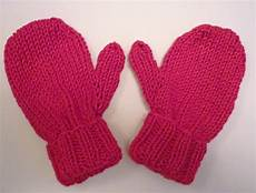 lovefibres baby mittens knitting pattern