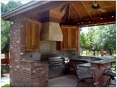 outdoor kitchen plans constructed freshly in backyard