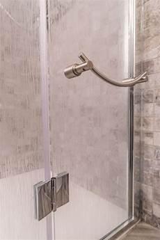 piatti doccia particolari composizione box doccia sagomato superiore porta 1 anta in