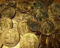 acquistare oro in conviene acquistare dei lingotti o delle monete d oro da
