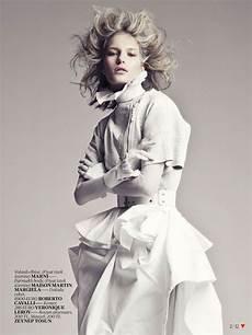white fashion editorial for vogue turkey april 2013 1