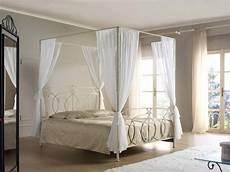 letti matrimoniali a baldacchino letto concerto baldacchino vendita on line di letti in