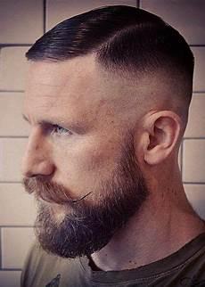 frisuren männer glatze frisur ideen f 252 r m 228 nner glatze mann stil