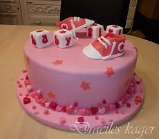 baby shower kager baby shower cake with shoes blocks hearts and med