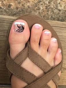 French Tip Toe Designs French Tip Summer Pedicure Design Toes Toe Nail