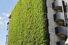 Vertical Green Jakob Rope Systems Home Usa Green Walls Vertical Garden