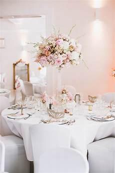 tischdekoration hochzeit sweet table f 252 r hochzeit in rosa und gold hochzeit deko