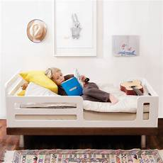 oeuf classic toddler bed white birch diddle tinkers