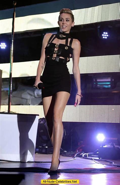Destiny Hope Cyrus Nude