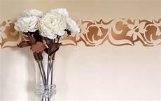 stencil fiori stilizzati stencil fiori pitturare decorare con gli stencil floreali