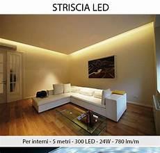 lade da interno a led striscia a 300 led 24w per interni 5 metri con
