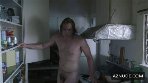 Naked Gay Male Pic