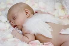 baby engel stillen nach bedarf quot eine wohltat f 252 r die babys