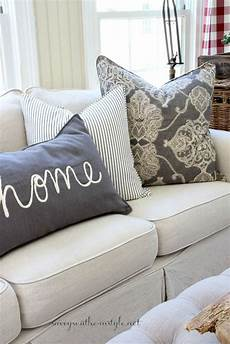 Sofa Decor Pillows 3d Image by How To Style Throw Pillows 3 Designer Styling Tips A